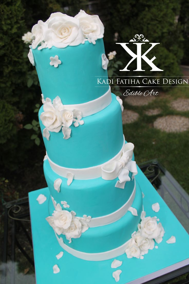 Tiffany and Co. cake
