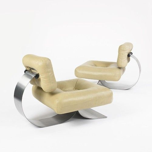 Oscar niemeyer s pair of lounge chairs 1972 modernism for Chaise longue oscar niemeyer