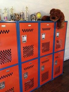 New Gym Locker Arrives in Virginia Teen's Bedroom--and Boy, is She Thrilled! :) | schoollockers.com/blog #lockers #gymlockers #kidbedrooms