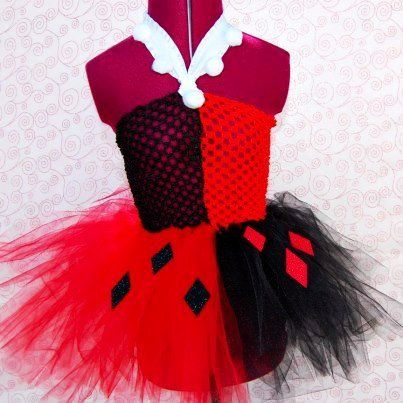 Harley Quinn tutu: Accessories Ideas, Harley Quinn Tutu, Crochet Projects, Batman Stuff, Harleyquinn, Crochet Harley Quinn, Crafty Crochet, Crochet Tops, Harley Quinn Crochet