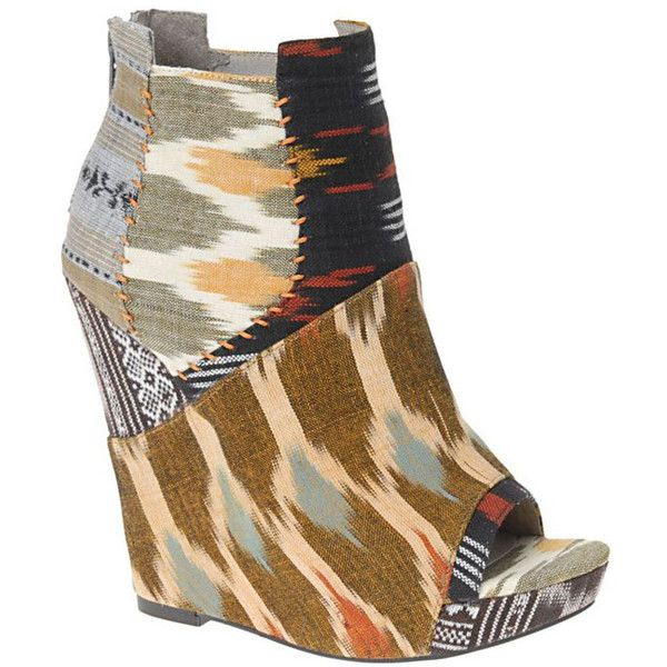 ALDO Tribal Patchwork Wedge ❤ liked on Polyvore featuring shoes, wedges, tribal shoes, wedge sole shoes, tribal print shoes, wedge heel shoes and aldo footwear