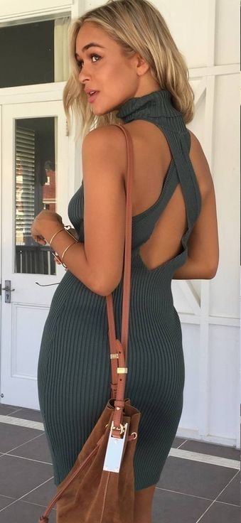 #muraboutique #label #outfitideas | Green Ribbed Dress