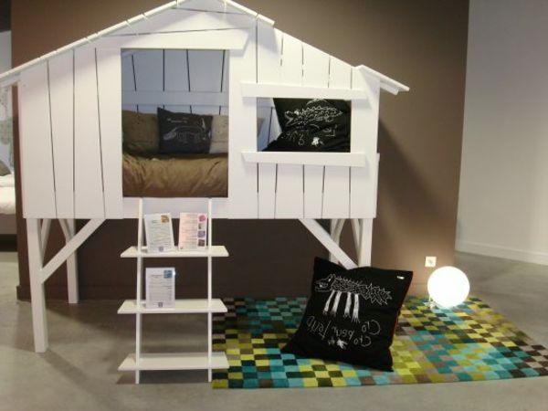 Récup palettes- 34  chambres à coucher- la tête de lit palette - maison-lit-de-palette-