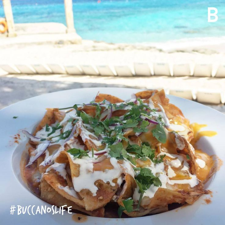 Good morning with these chilaquiles. 💙🌴 #BuccanosLife