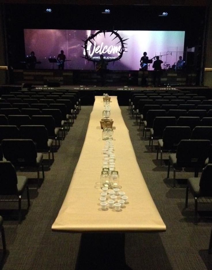 Crowned Screen from Cornerstone Christian Church in Shiloh, IL | Church Stage Design Ideas
