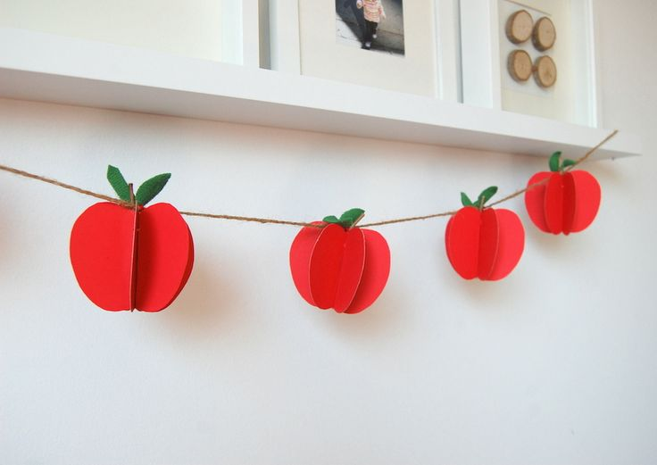 Apple garland made from paper