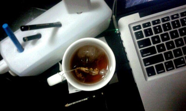 Buka puasa dengan segelas teh cha black tea by starbucks.  Rasanya match dengan seleraku, paduan teh dengan rempah = aziek.  Note : remind me with my Red Musk TBS perfume