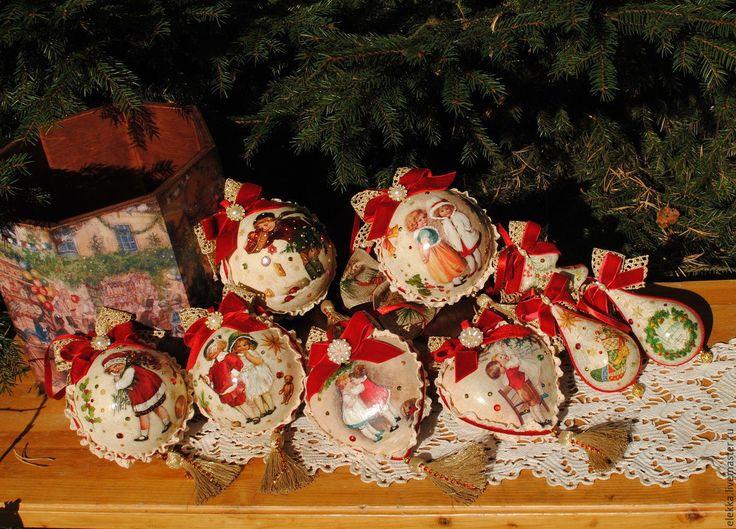 Купить или заказать Набор игрушек 'Винтажный Новый Год'(9 пр+короб) в интернет-магазине на Ярмарке Мастеров.