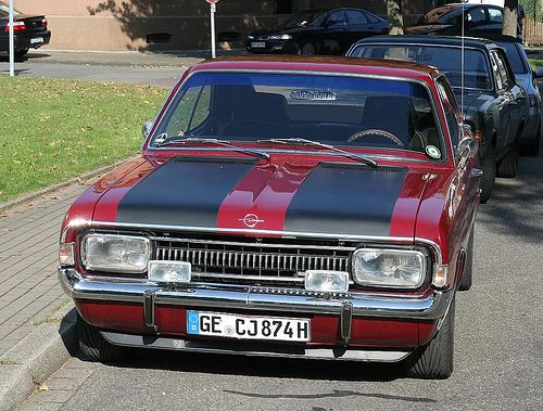Opel Rekord 1700 coupe.