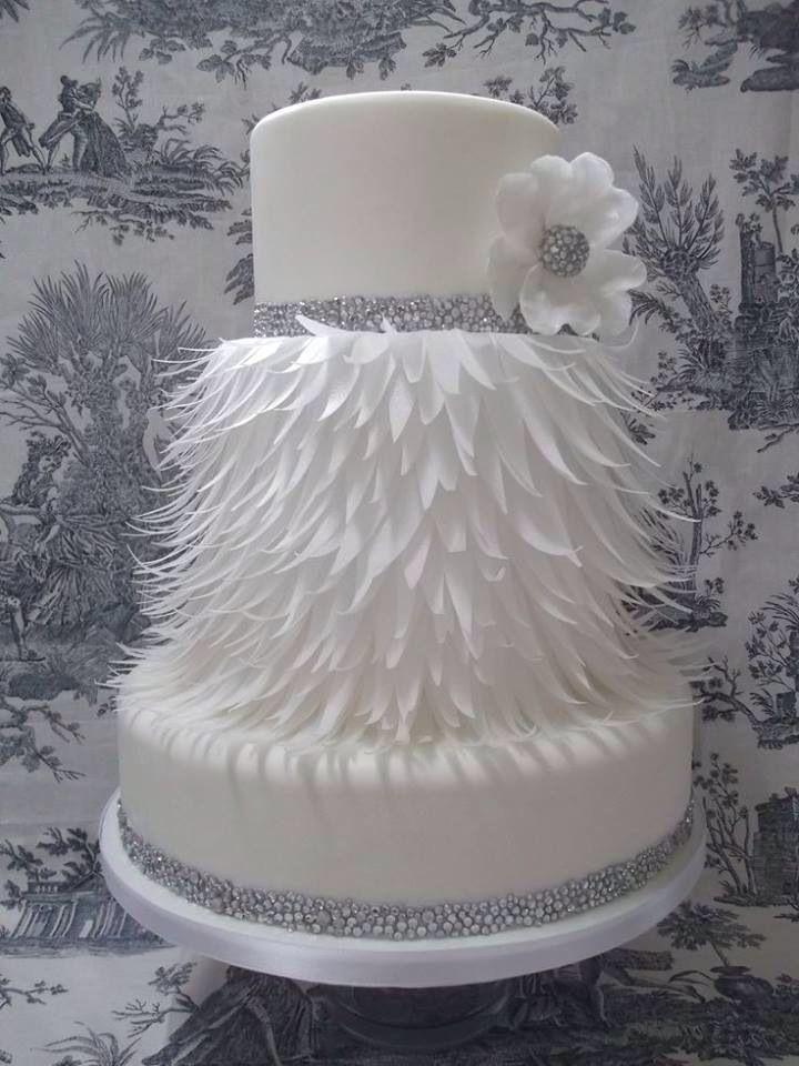 Feathered Cake Stunning Cakes Wedding Cakes Cake