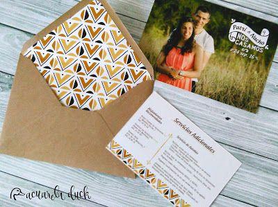 Invitaciones de boda Safari. Tarjeta con foto y estampado étnico.