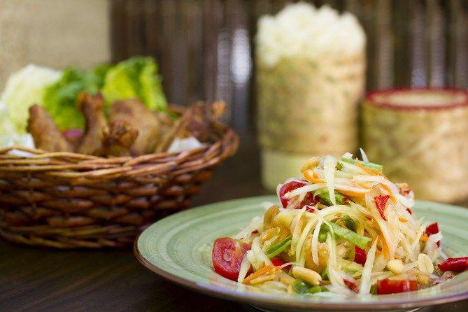 Ensalada de papaya verde, SomTam, cocina tailandesa