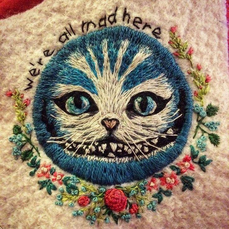 Still in progress #embroidery #textileart #flowerwreath #cherishcat #weareallmadehere #aliceinwonderland #wip #bordado #broderie #neddleart #grinsekatze #aliceimwunderland