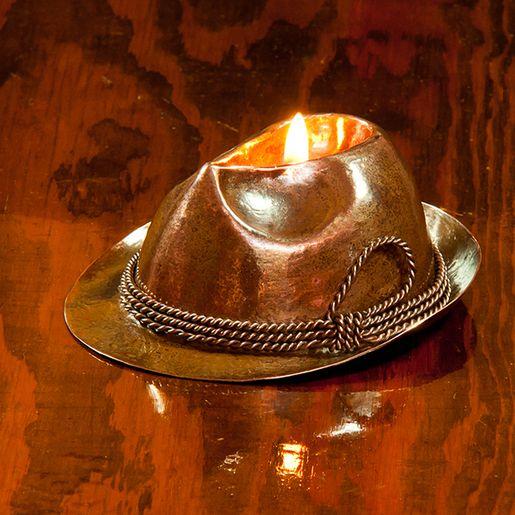 Miedziany lampion oliwny.  Kliknij w zdjęcie, aby zobaczyć więcej!