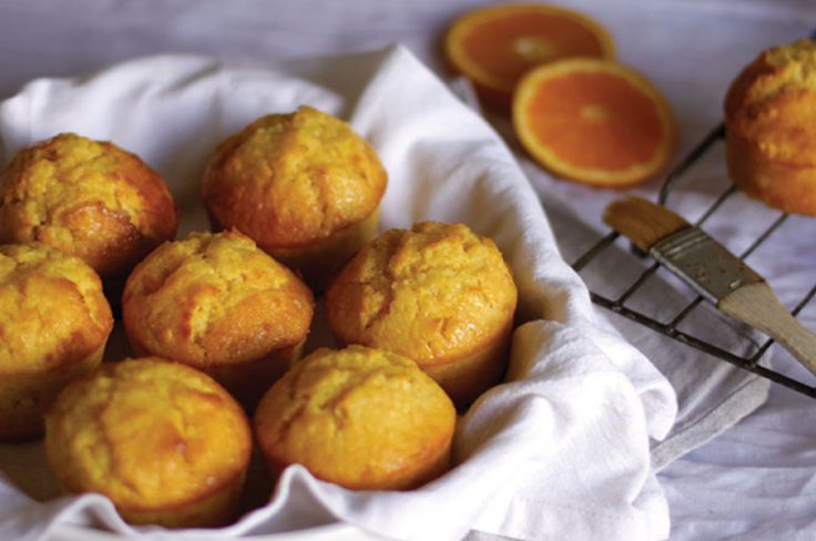 Learn how to make this healthy moist mini orange cakes from Miguel Maestre.