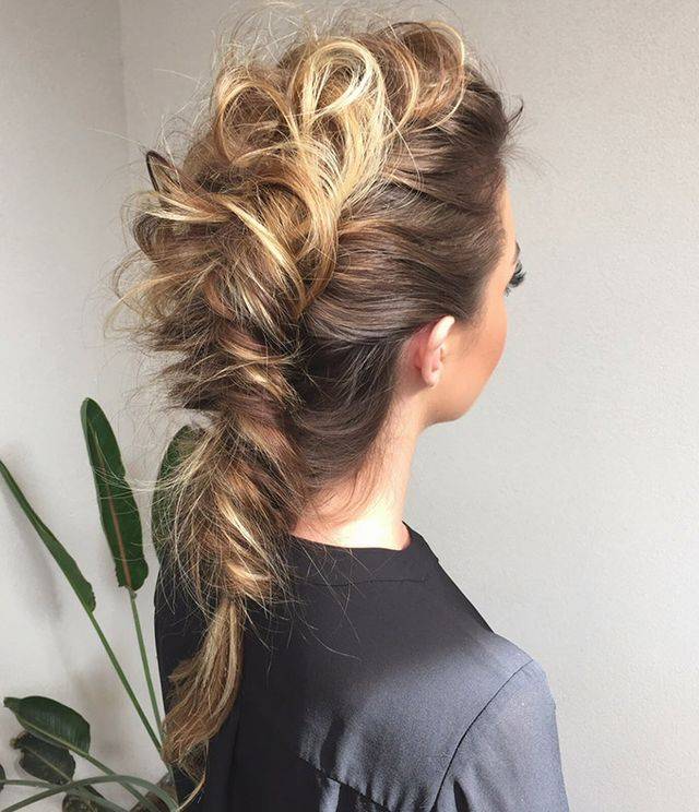 Happy Big Hair Friday! How stunning is this mohawk braid by Jenny of Confessions of a Hairstylist? Check out her YouTube channel for fab hair tutorials. Hope you have something fun planned for the wee