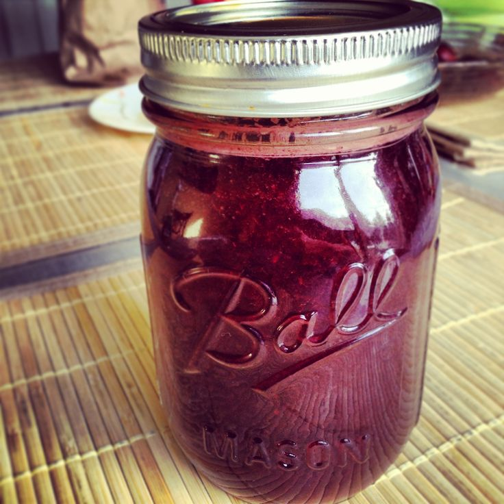 Beets, Celery, Carrots, Kiwi, Parsley, Spinach and Kale
