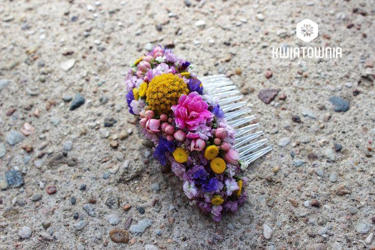 #kwiatownia #kwiaty  #car #decor #decoration #weeding #flowers #bouquet #bridal #bride #bridesmaid #wreath # flowerdesign #weedingday #art #instaflowers #instagood #facebook #natural #love #kompozycja #tabledeco #table #floraljewellery #jewellery