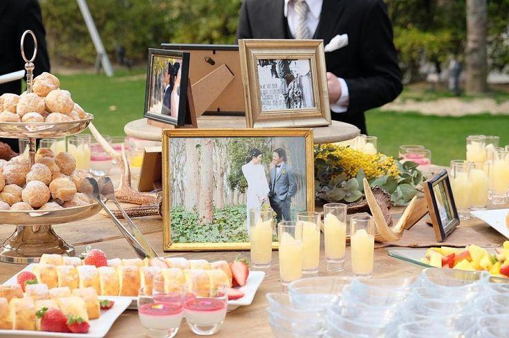 koyama.wedding「平日限定のガーデンで、デザートブッフェをしました  皆んなかなりテンション上がり喜んでくれていました  やるか最初迷いましたが、やってよかったです  #tgoo  #wedding…」フォトフレーム スイーツブッフェ