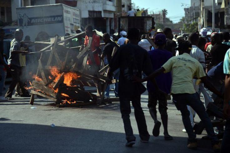 Oposición amenaza con violencia elecciones del domingo en Haití -