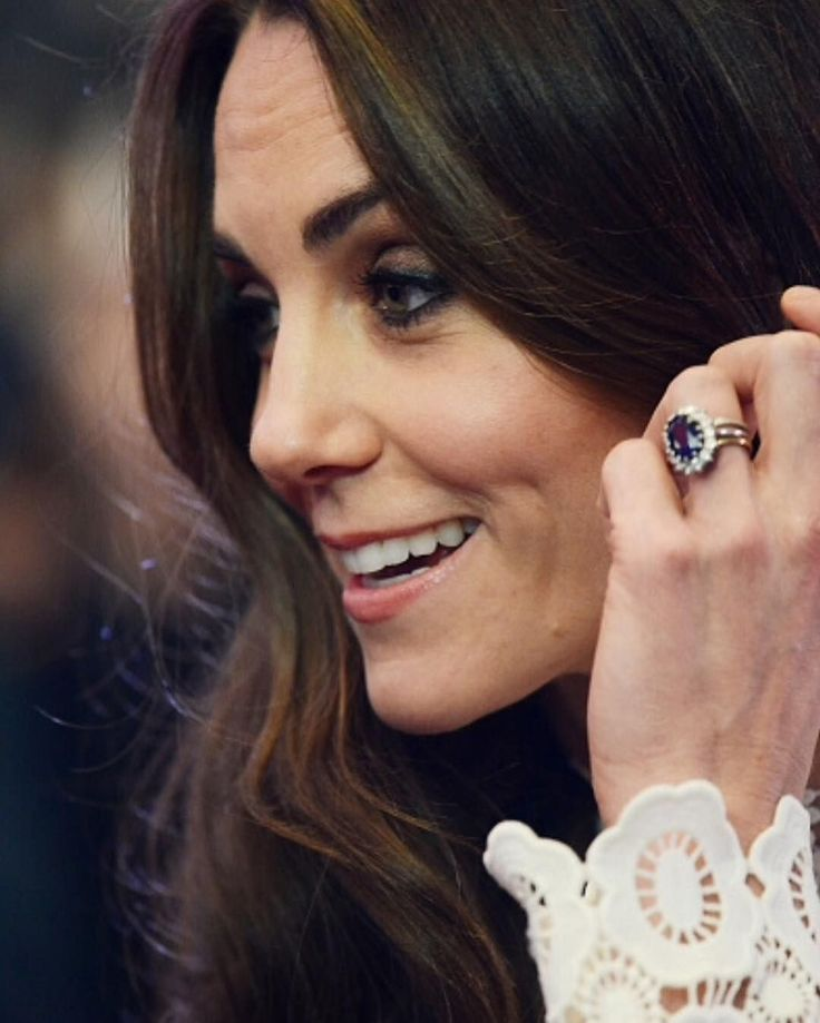 Love Kate's engagement ring
