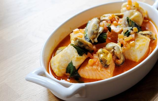 could really only make this bouillabaisse if I dressed up like Julia ...
