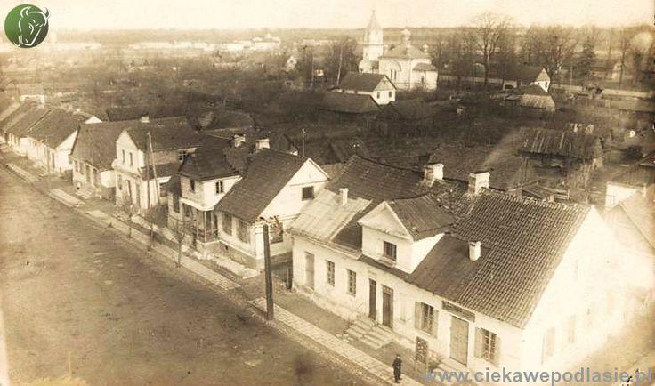 Widok na cerkiew pw. Matki Bożej Opiekuńczej i fragment Choroszczy z wieży kościoła. Zdjęcie z kolekcji Aleksandra Sosna.