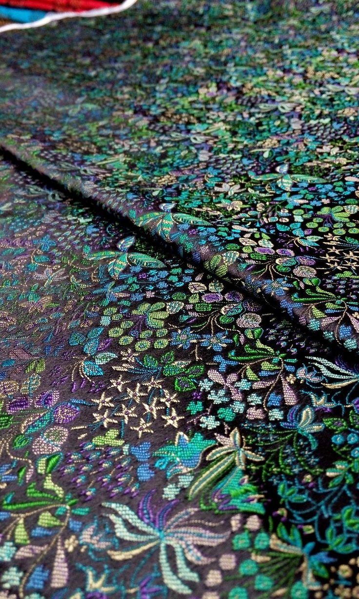 Goedkope Chinese zijde brokaat stof cheongsam kussen zwart terug met groen paars geel meer blauw kleurrijke blad…