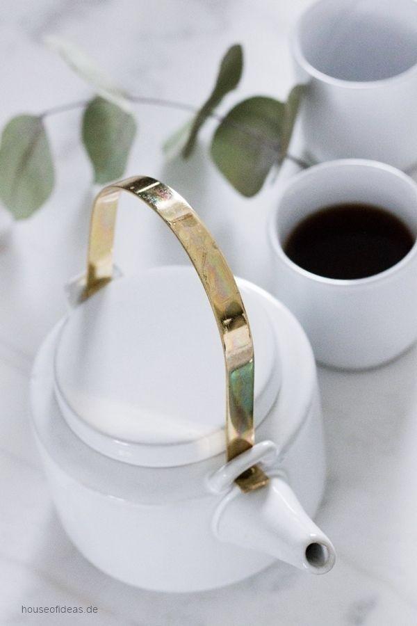Hübsch Interior Teapot with cups Ceramic white