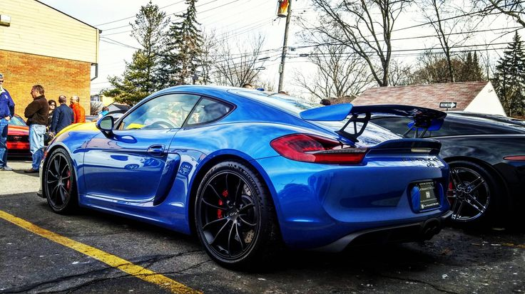 Looking for similar pins? Follow me! http://kohlsson.link/1W5N6ws | kevinohlsson.com Porsche Cayman GT4 at Cars and Coffee [4096x2304] [OC]