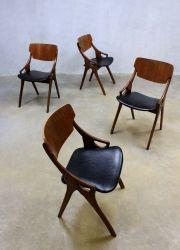 Vintage stoelen Hovmand Olsen, Danish vintage dinner chairs H. Olsen www.bestwelhip.nl