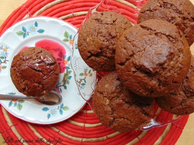 Muffin al cioccolato con mandorle e amarene