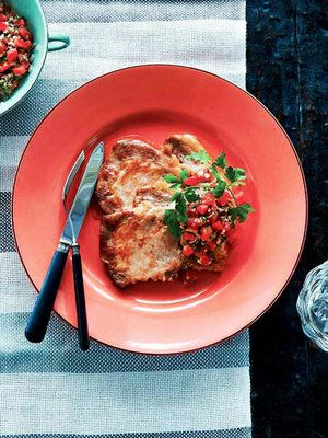 ELLE a table】豚肉のソテー、トマトとツナのソースレシピ|エル ...