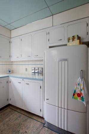 25 Best Vintage Refrigerators Images On Pinterest Retro