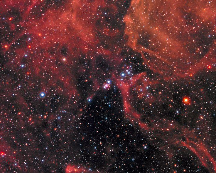 Supernova 1987A dentro da Grande Nuvem de Magalhães (Foto: NASA, ESA, STScI/AURA)