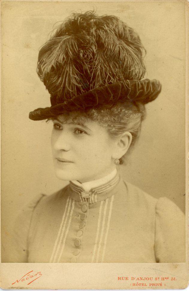 Camille, cdv dello studio Nadar di Parigi, 1887 (febbraio 1887 probabilmente).