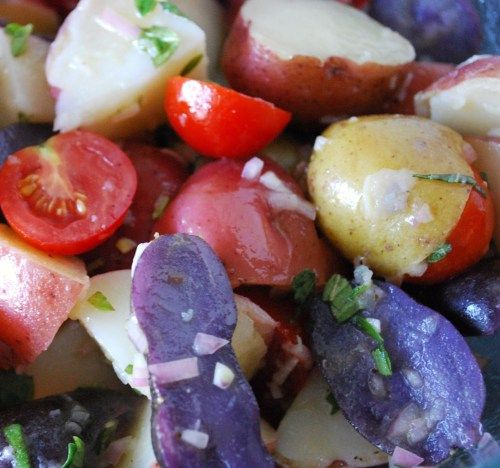 Perfect #Patriotic Picnic Potato Salad #healthy #July4th: Glorious Food, Potatoes Salad, Food Glorious, Picnics Potatoes, Potato Salad, Perfect Patriots, Patriots Stuff, Patriots Picnics, Patriots Potatoes