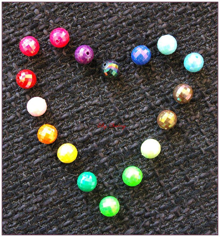 """Perles a """"facettes"""" multicolores rondes effet nacré 10mm de diamètre x1 : Perles en Plastique par lilycherry"""