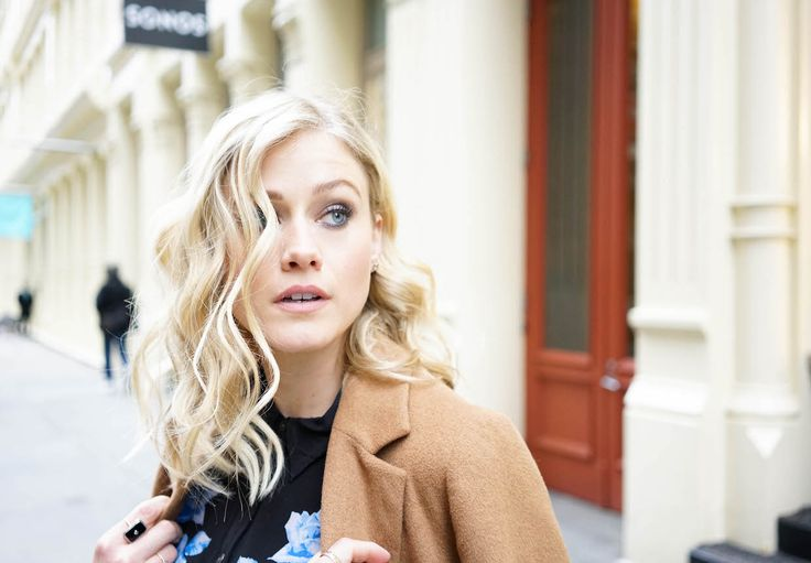 Olivia Taylor Dudley 2017