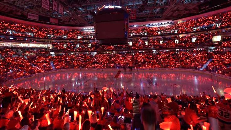Verizon Center glows red again with glow stick giveaway ‹ Russian Machine Never Breaks