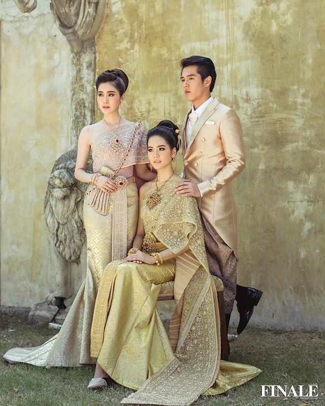 #ภาพเบื้องหลัง งานถ่ายแบบแฟชั่นชุดไทยประยุกต์ ที่สุดตราตรึงใจ Finale wedding magazine vol.14 @finaleweddingstudio