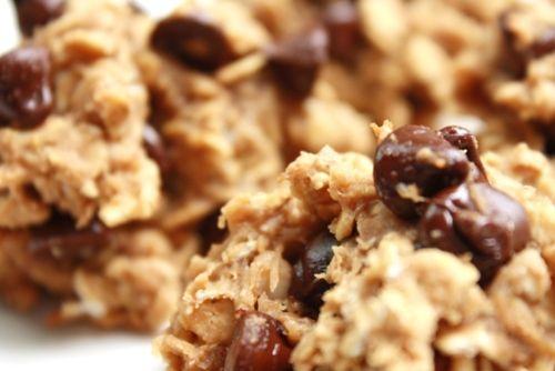 Healthy PB Banana Oatmean Cookies: Peanut Butter Bananas, Chocolate Chips, Bananas Oats, Healthy Cookies, Banana Oatmeal Cookies, Bananas Oatmeal Cookies, Healthy Peanut Butter, Maple Syrup, Oatmeal Chocolates Chips