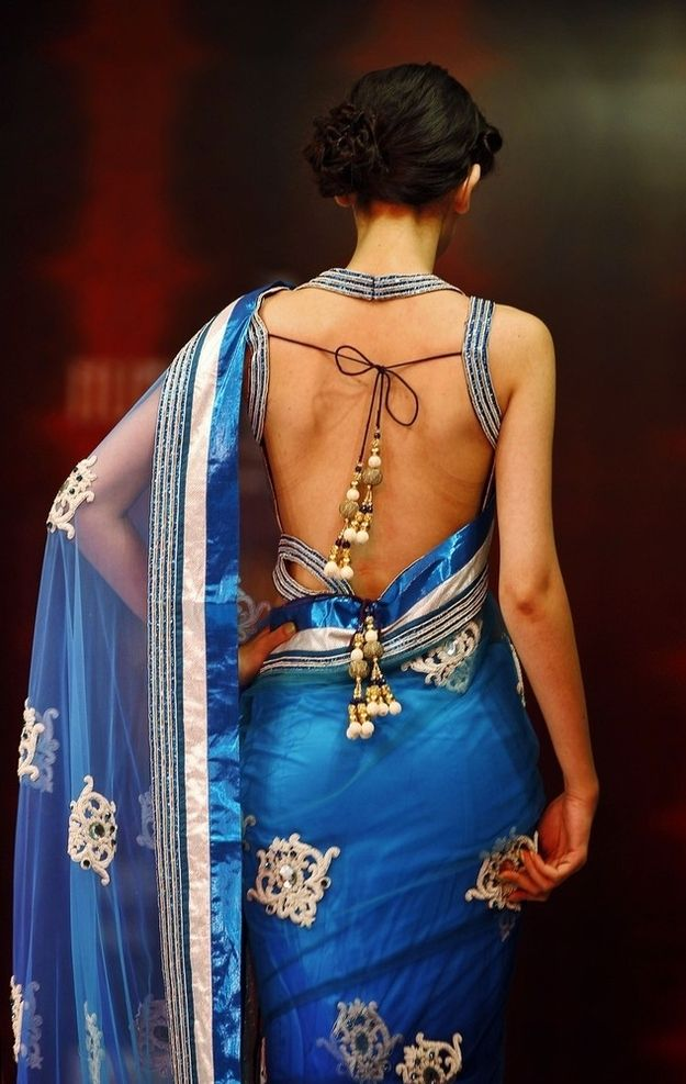 Blue saree with backless blouse. In love with this saree! It's perfect for weddings.