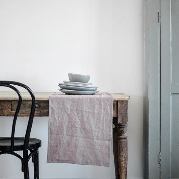 Love this table and the styling simplicity. via @wearecaribou