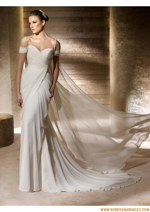 Robes de mariée voyage mousseline bretelles perlées