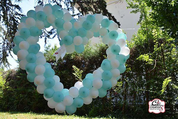 Cuore di palloncini color bianco e tiffany per addobbare in occasione di Matrimonio o Prima Comunione e Cresima, by C&C Creations Eventi