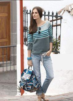 Пуловер с полосатым узором колор-блок: вязание спицами - Портал рукоделия и моды