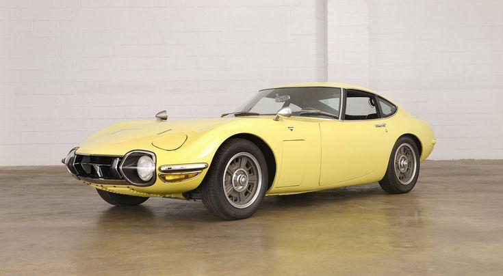 1968 Toyota 2000 GT in Bellatrix Yellow
