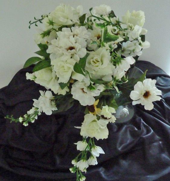 Großes Rosen-Zinien-Bouquet  45 cm / DM 40 cm