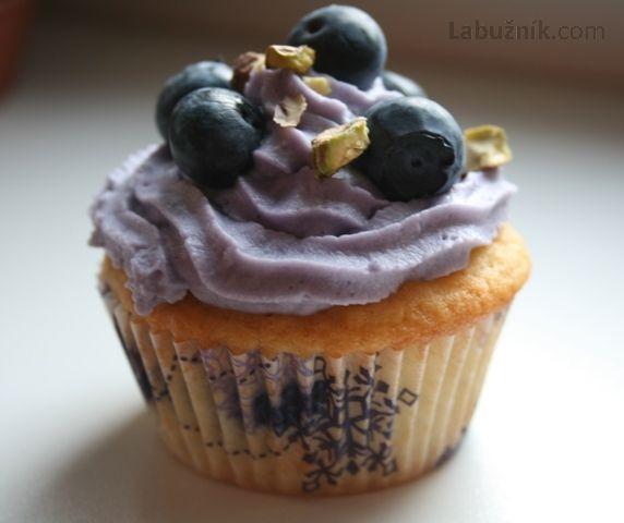 Citrónové cupcakes s borůvkami